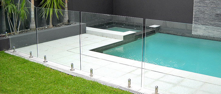Glass railings for pools in the toronto area for Glass pool fences